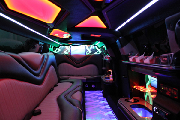 Chrysler-300-Limo-rental Los Angeles